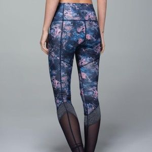 Lululemon If You're Lucky Pant Floral Mesh size 6